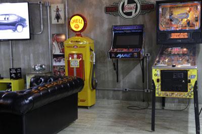 Salão de Cabeleireiro com Jogos